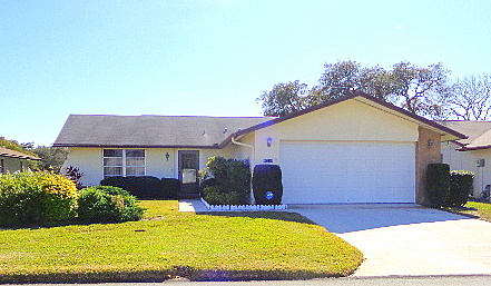 Port Richey, FL -Timber Oaks Home For Sale